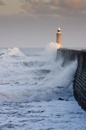 Image credit: http://www.123rf.com/photo_12693024_tynemouth-north-pier-with-waves-crashing-against-it-and-the-lighthouse.html'>daveh123 / 123RF Stock Photo